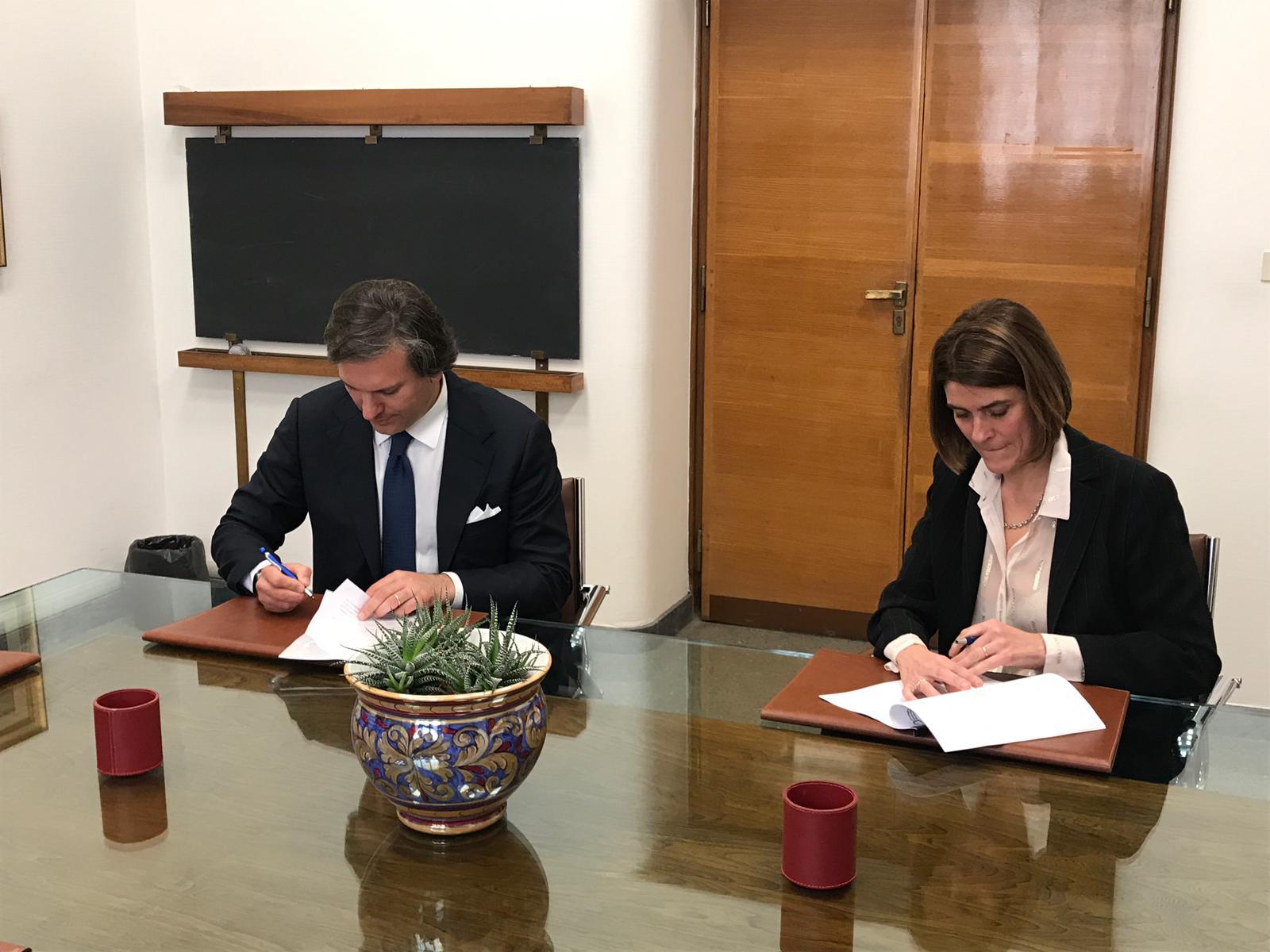 firma-accordo-1
